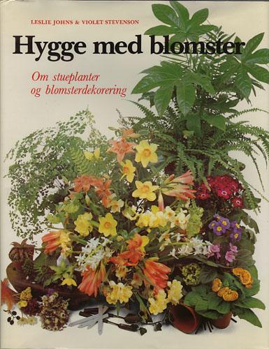 Hygge med blomster. Om stueplanter og blomsterdekorering.