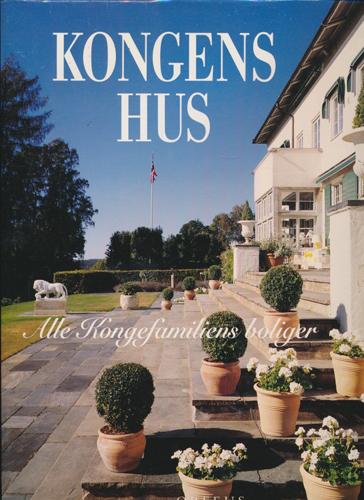KONGENS HUS.  Alle Kongefamiliens boliger. Innledning: Thomas Thiis-Evensen. Foto: Jiri Havran.