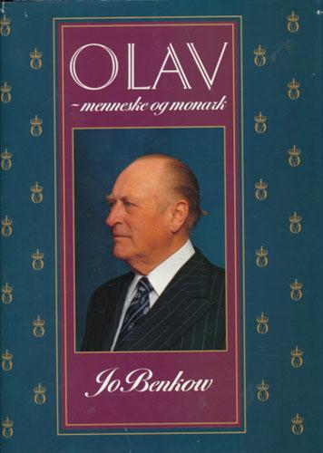 (OLAV V) Olav - menneske og monark.